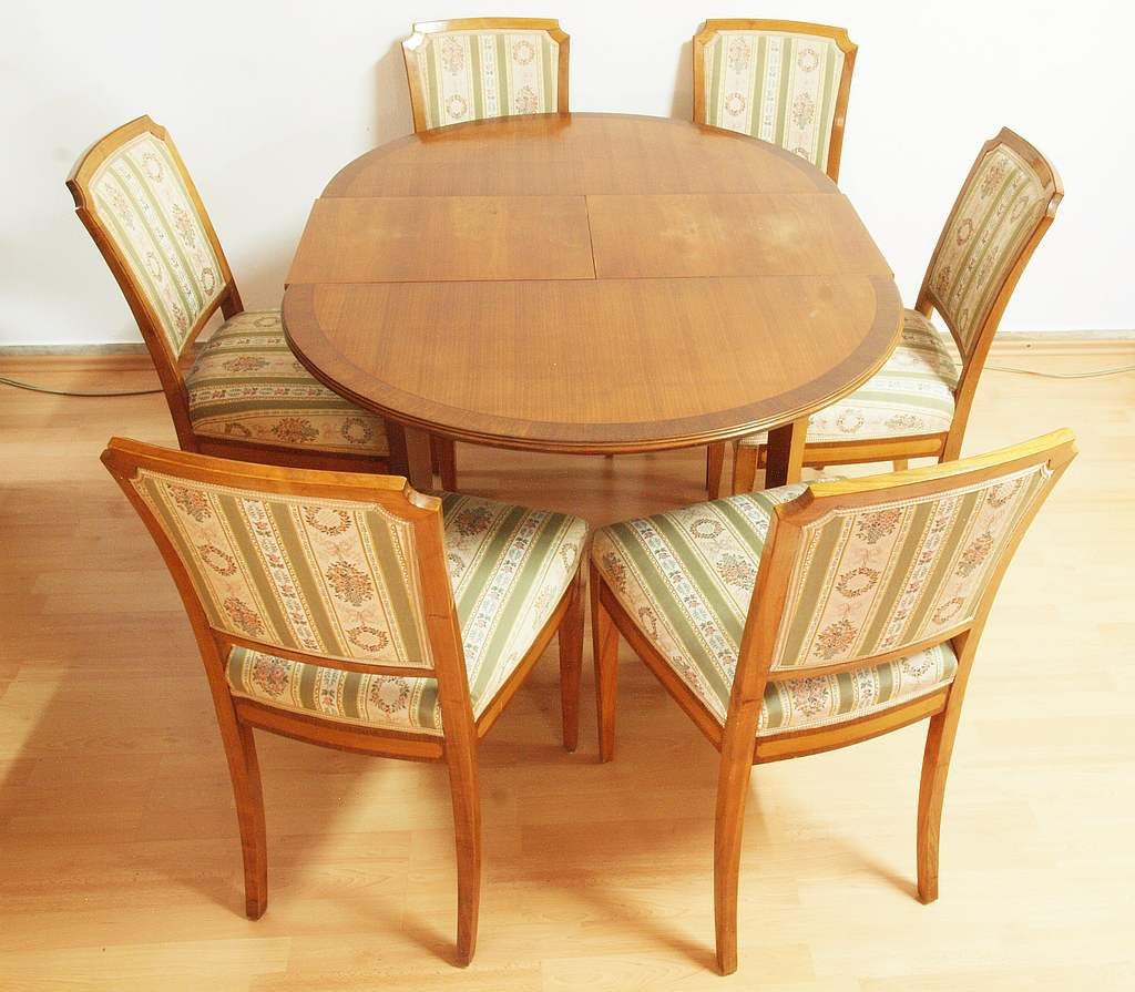 Esstisch Mit 6 Stühlen Objektdetail