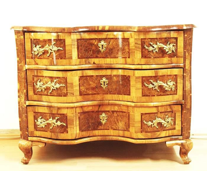 barockkommode wohl w rzburg um 1750 lot detail ruetten. Black Bedroom Furniture Sets. Home Design Ideas
