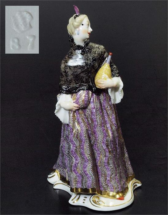 Donna Martina.  Figurine der Commedia dell'arte. NYMPHENBURG.