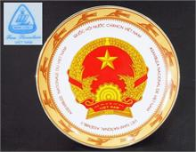 "Zierteller ""Viet Nam National Assembly"" in edler Lackschatulle."