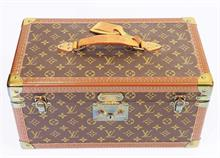 LOUIS VUITTON BEAUTYCASE.